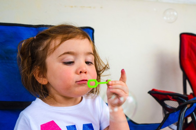 zoe-blowing-bubbles